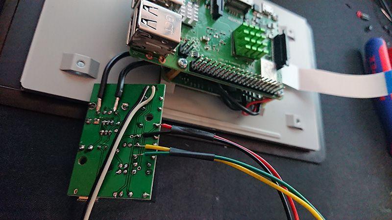 Unifi / Raspberry - Label printer with touchscreen - Campsite